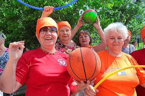 Спорт для пожилых людей Физическая активность zdravo Спорт для пожилых людей